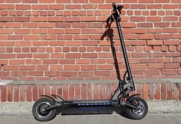 Kaabo Mantis electric scooter