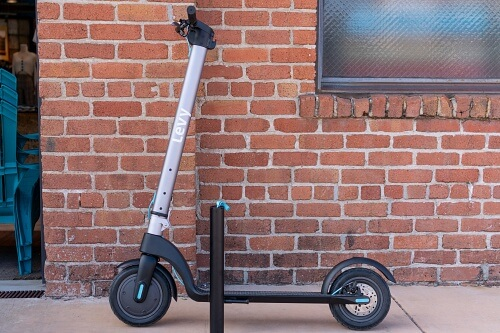Levy electric scooter with removable battery taken out