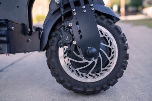 Currus Panther Electric Scooter - front wheel, disc brake, front tire, close-up