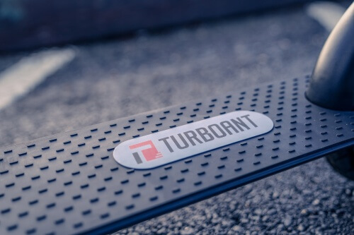 TurboAnt X7 Pro Electric Scooter -Deck, close-up of rubber tread