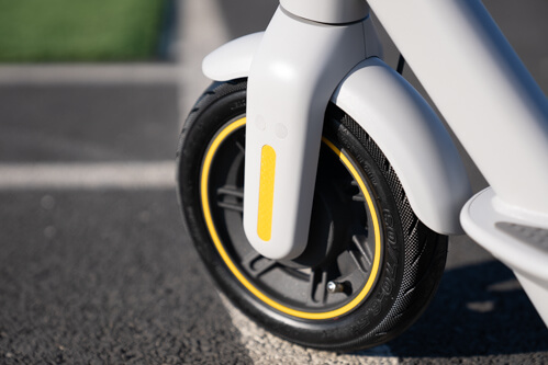 Segway Ninebot Max G30LP Electric Scooter - front wheel, front tire, drum brake, close up