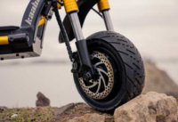 Kaabo Wolf King electric scooter - front tire, front disc brake, hydraulic suspension