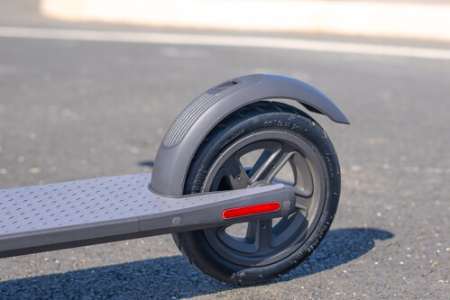 Segway Ninebot E22 electric scooter - rear wheel, side view